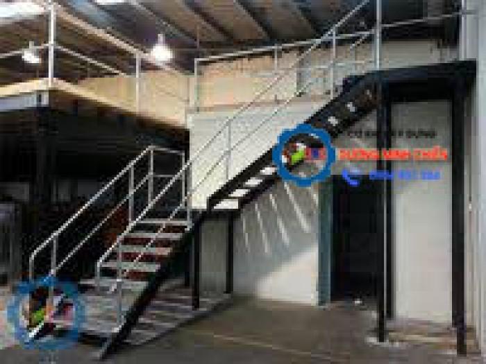 cầu thang sắt lên gác1