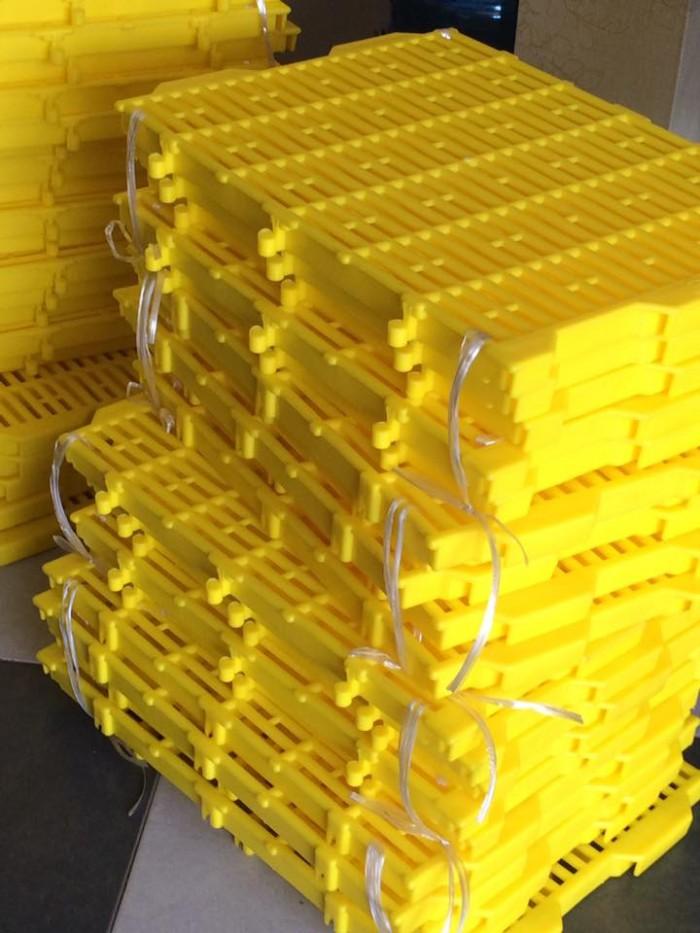 Tấm nhựa lót sàn Chi phí rẻ, đẹp, lắp đặt đơn giản,0