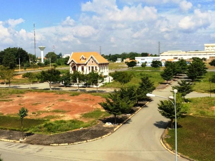 Bán đất biệt thự 2 mặt tiền sổ hồng riêng diện tích 250m2