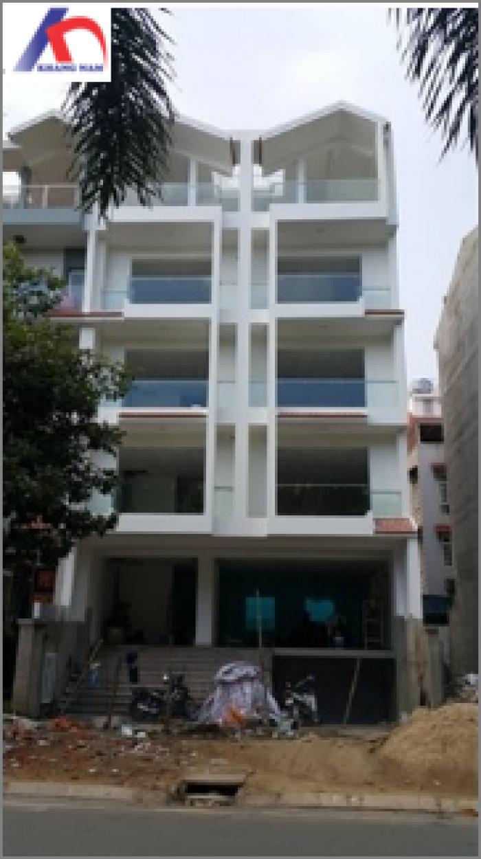 Cho thuê nhà MT Nguyễn Thị Thập, Q.7, (DT: 5x18m, 1 hầm, 1 trệt, 3 lầu, st).