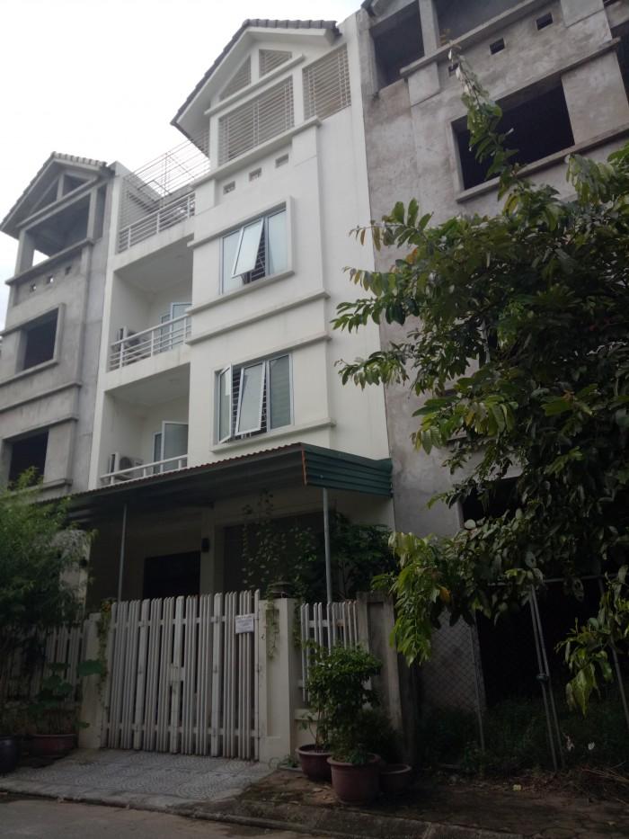 Bán nhà liền kề phân lô Bộ Quốc Phòng phường Thạch Bàn