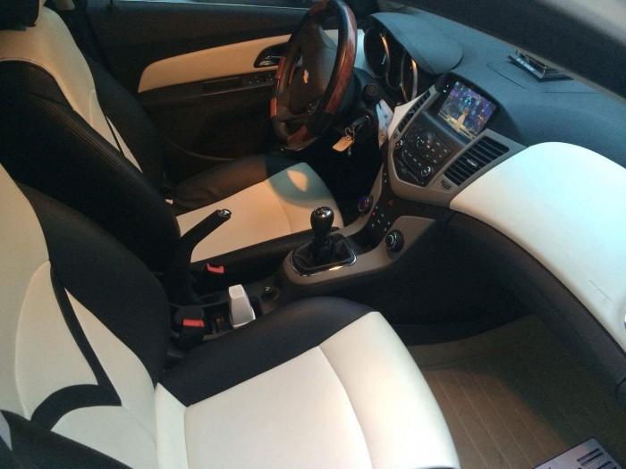 Bán xe gia đình Chevrolet Cruze Màu Trắng 2014 đẹp lung linh - Biển SG 9 nút rất May Mắn 4