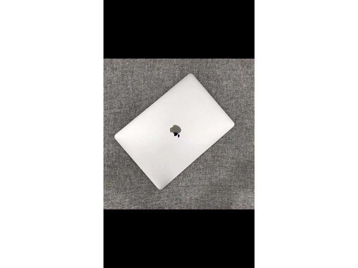 MacBook air0