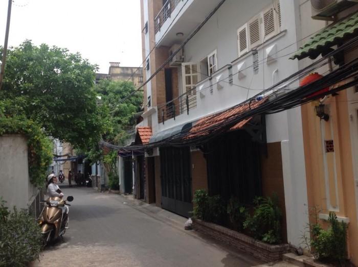 Bán Nhà HXH Trần Hưng Đạo, Quận 1, DT: 7x15m, Xây 3 lầu đẹp