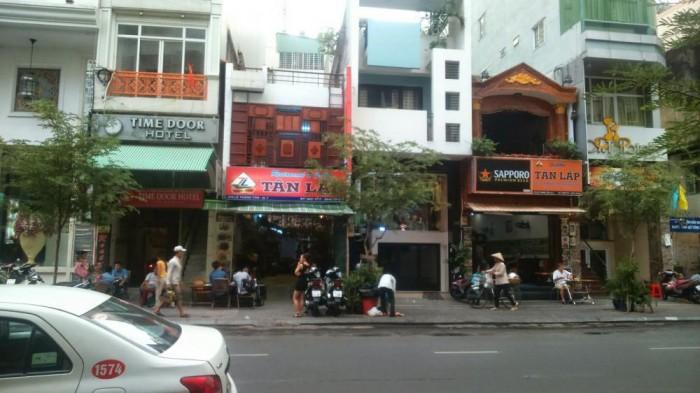 Nhà MT Nguyễn Thị Diệu, P.6, Quận 3, DT: 10x31m