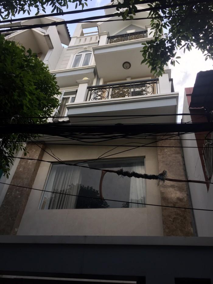 Bán Nhà  MT Đườg Phan Châu Trinh . Diện Tích : 5x20m2 . Nhà 3 Lầu