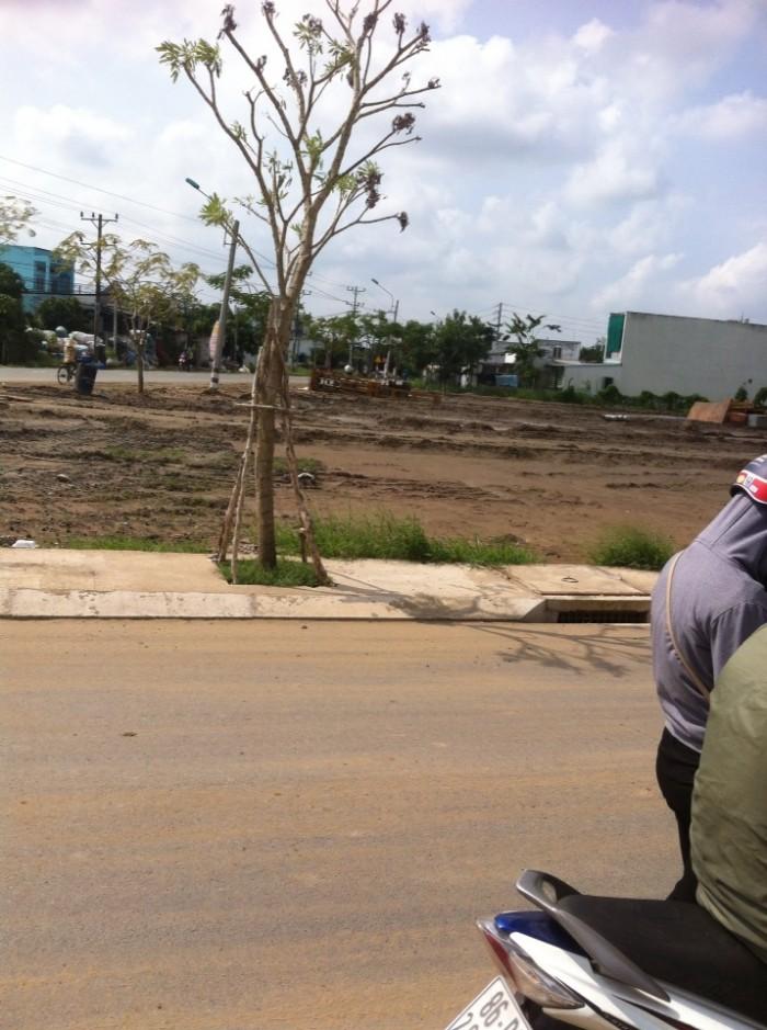 Đất Nền mặt tiền đường gần chợ bình chánh