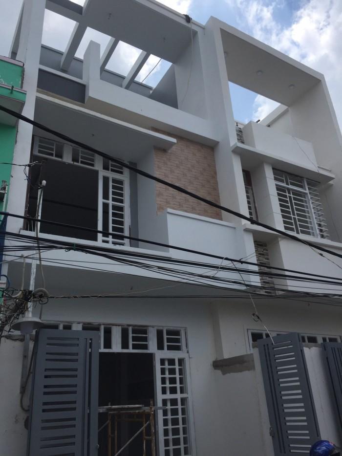 Nhà đẹp 4x23.5m, SHR, đúc kiên cố 1 trệt 2 lầu ngay chợ bình triệu ql 13