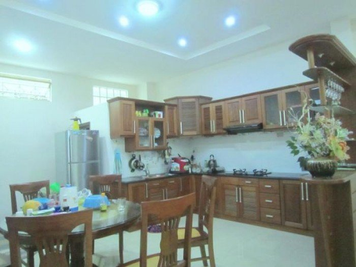 Cần bán gấp nhà ngay mặt tiền hương lộ 80, 4x15,5m, 1 lầu