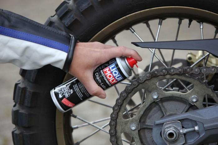 Liqui-Moly Motorbike Kettenspray Chain-Lube 1591 sử dụng bôi trơn tối ưu cho xe mô tô PKL...