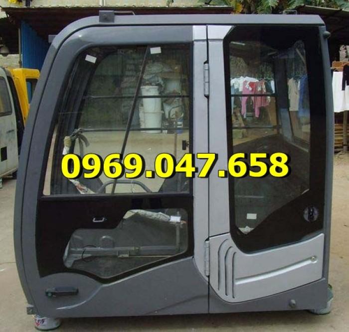 Kính Cabin Hyundai Robex