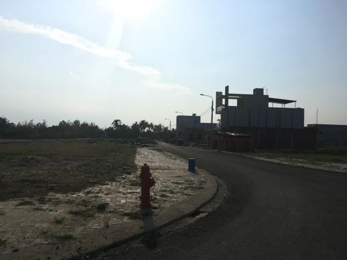 Cần bán gấp lô đất phía Nam Đà Nẵng. DT 100 m2.