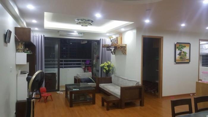 Bán căn hộ như sau: Toà nhà N03-T8 khu ngoại giao đoàn