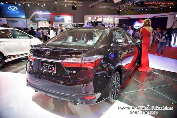 Khuyến Mãi Toyota Altis 2018 1.8 Tự Động Màu Nâu Cho Khách Đặt Hàng