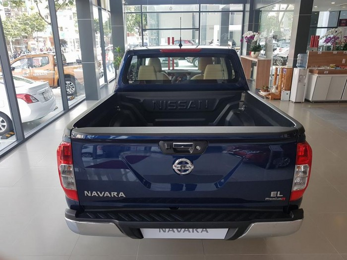 Bán tải Nissan Navara EL 4