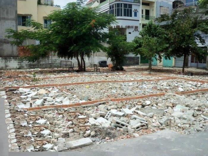 Bán đất phân lô đường Phạm Văn Đồng Hà Nội 70m2 ô tô đỗ cửa chính chủ