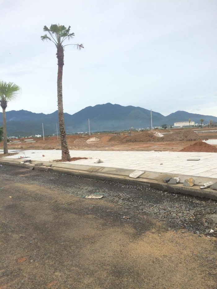 Đất 2 mặt tiền, ngã ba đường 5m5 tại Liên Chiểu, Đà Nẵng
