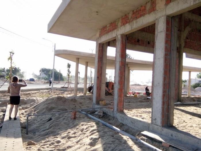 Đất nền chợ Điện Thắng Trung – cạnh QL1A – Khu vực đông dân cư - Đã có sổ đỏ và có thể xây nhà