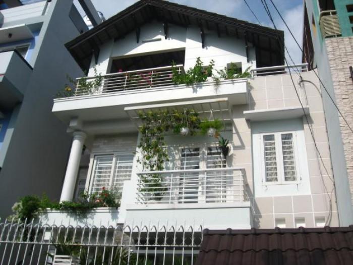 Bán nhà MT đường Tú Xương, Phường 6, Quận 3. DT16x27m.
