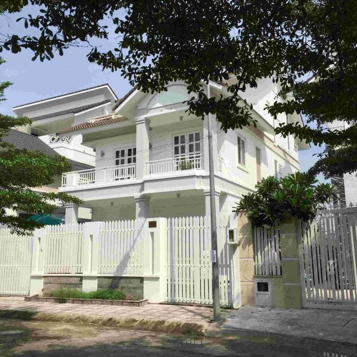 Bán nhà MT đường Lê Lai, Quận 1. DT450m2.