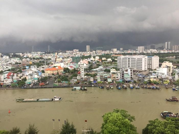 Bán nhà Mặt tiền Nguyễn Tất Thành Q4, Full 100% Nội Thất, Giáp Q1, Sông Sài Gòn