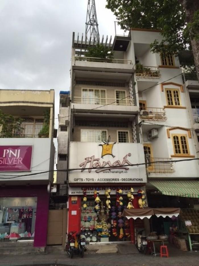 Bán Nhà Mặt tiền Nguyễn Thị Minh Khai, Quận 3, DT: 3.9x17m, 3 lầu