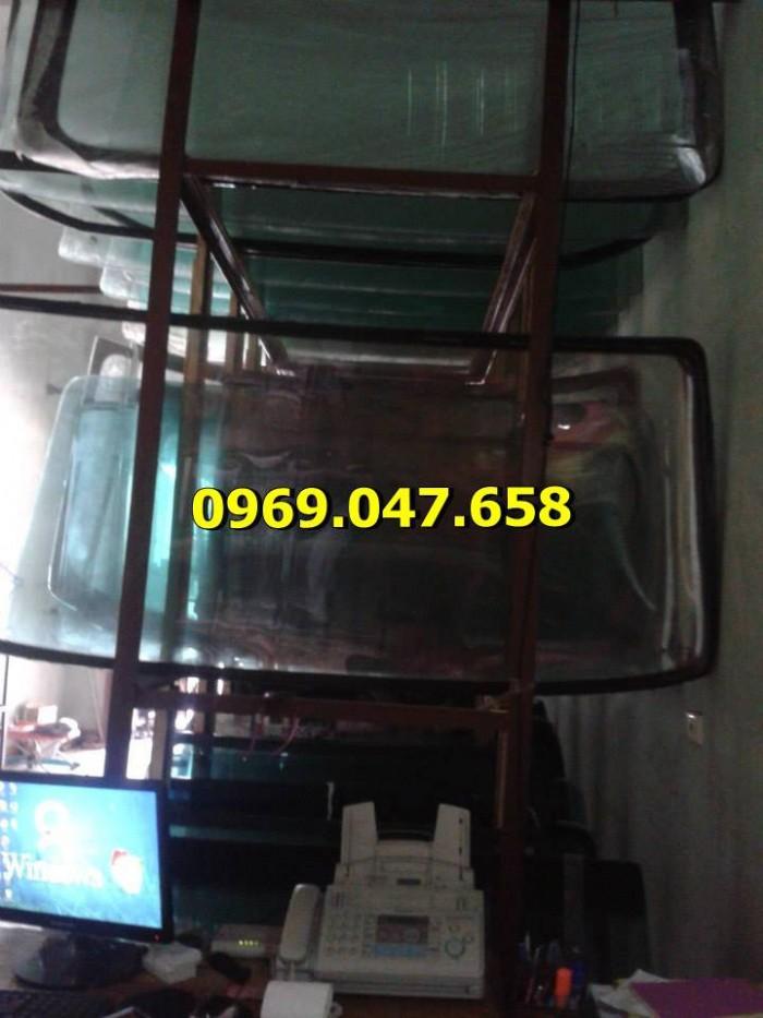 Kính xe ô tô tải Hino 300 - 500 - 700 10