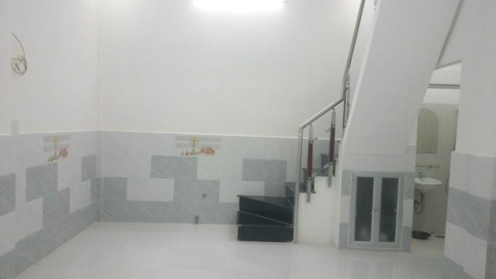 Cần bán nhà Dương Bá Trạc ngay cầu Nguyễn Văn Cừ mới 1 trệt 1 lầu, 2WC, 2PN, sổ hồng chính chủ