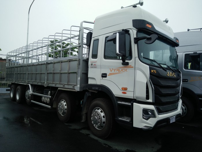 Xe tải thùng Jac-Vtruck 5 chân 2