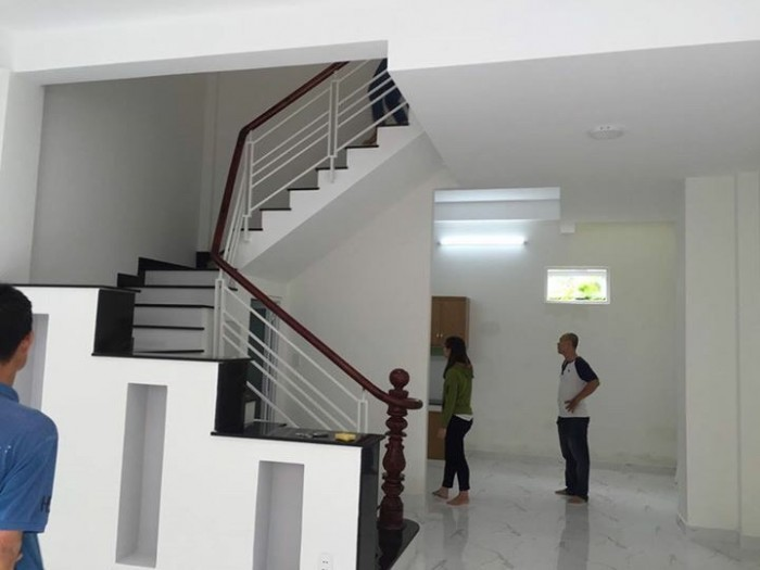 Cần bán nhà hẻm 10m Ung Văn Khiêm, P.25, Bình Thạnh, DT: 4x15