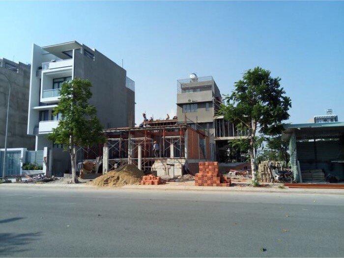 Cần bán 2 lô đất Nguyễn Hữu Thọ, tx.Bến Lức, 5x20, 260 triệu