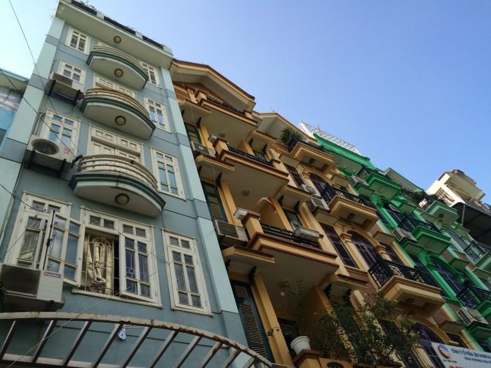 Nhà Trần Quốc Hoàn, phân lô ô tô tránh, thang máy, vỉa hè 2m. 50m