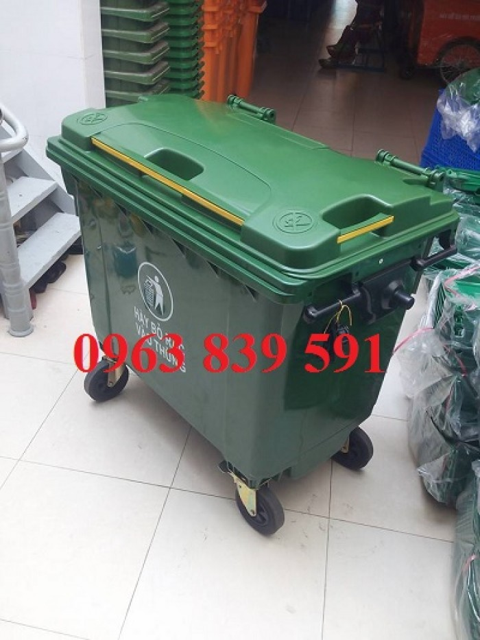 thùng rác hdpe 660l2