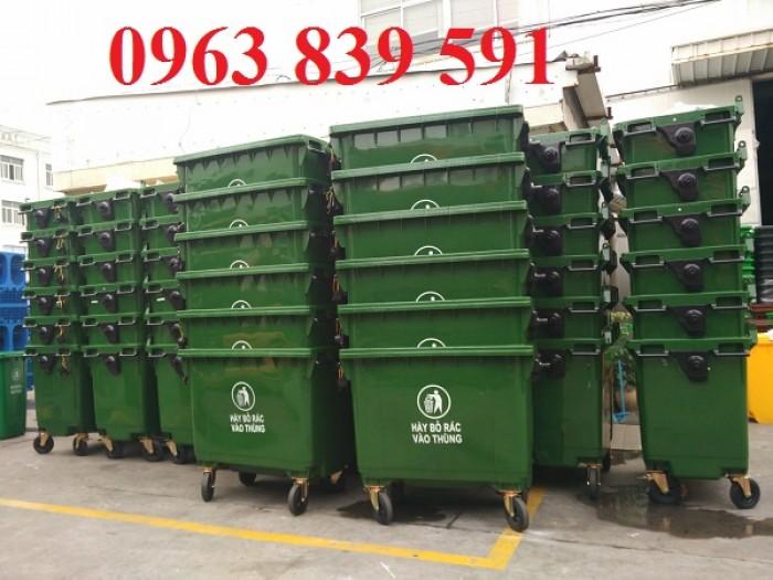 thùng rác đô thị nhập khẩu1
