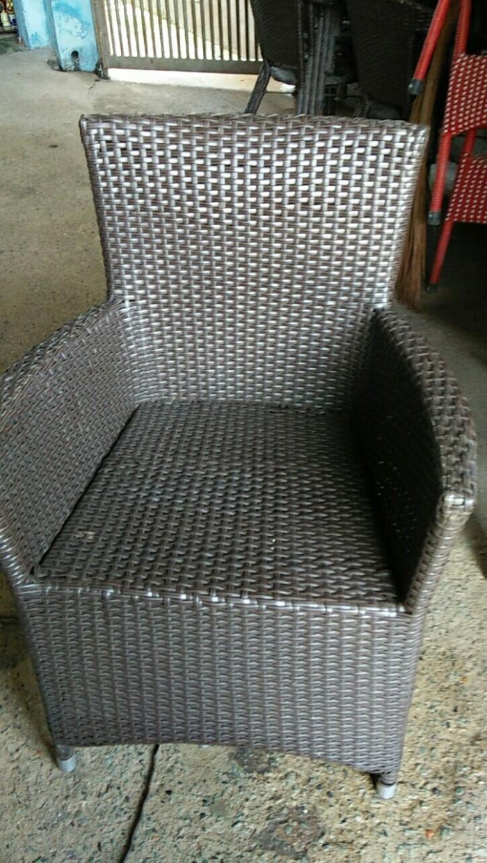Bàn ghế nhật, 25 bộ bàn ghế nhựa đúc, giá cả phải trăng,