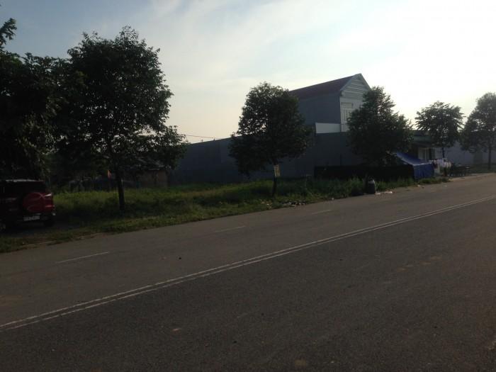 Chính chủ bán gấp lô đất L43 mặt tiền đường nhựa 25m, thông thẳng QL13 – KCN Mỹ Phước 3