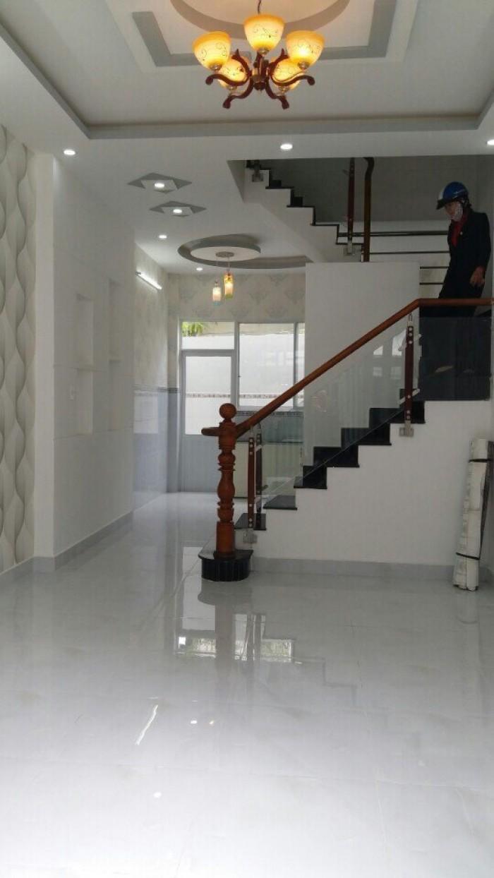 Nhà mới nhà bè hẻm 1806 huỳnh Tấn Phát, Dt 4x13m, 2 lầu