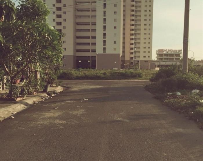Cần bán gấp nhà xưởng tại ấp 3 xã Tân Quý Tây huyện Bình Chánh.