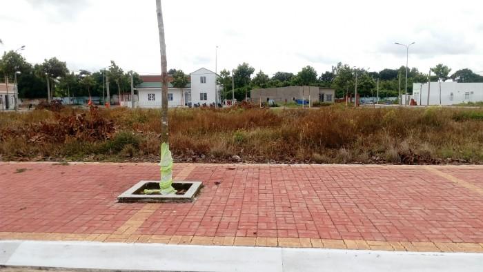 Đất thổ cư 100% đường cmt8 gần trường ĐH Dầu Khí