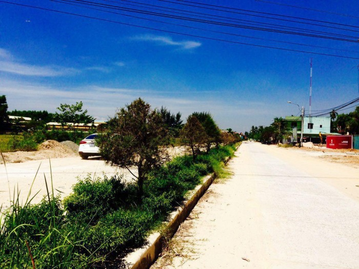 Bán đất ở tại Quảng Nam, ngay chợ, đường 7,5m,  vay vốn 70 %