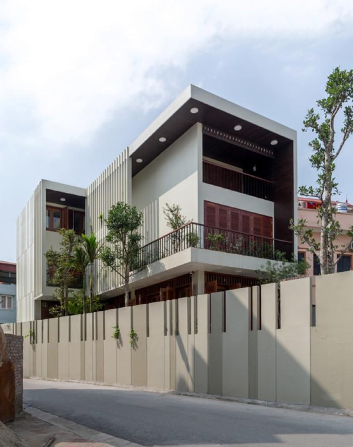 Bán biệt thự mặt tiền Phan Xích Long, quận Phú Nhuận