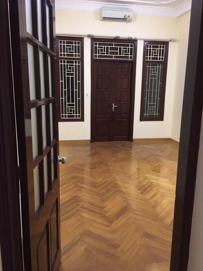 Cho thuê nhà riêng tại tôn thất tùng, DT65m2x5T nhà đẹp