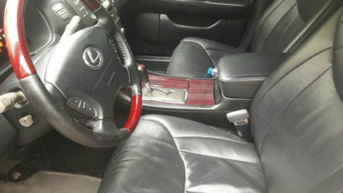 Lexus LS 430 sản xuất năm 2001 Số tự động Động cơ Xăng