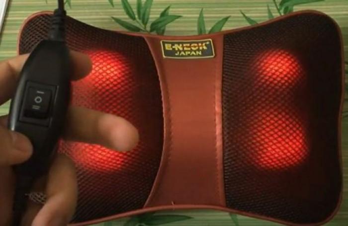 Gối massage 4 bi hồng ngoại Eneck G01 Nhật Bản, gối massage Nhật Bản
