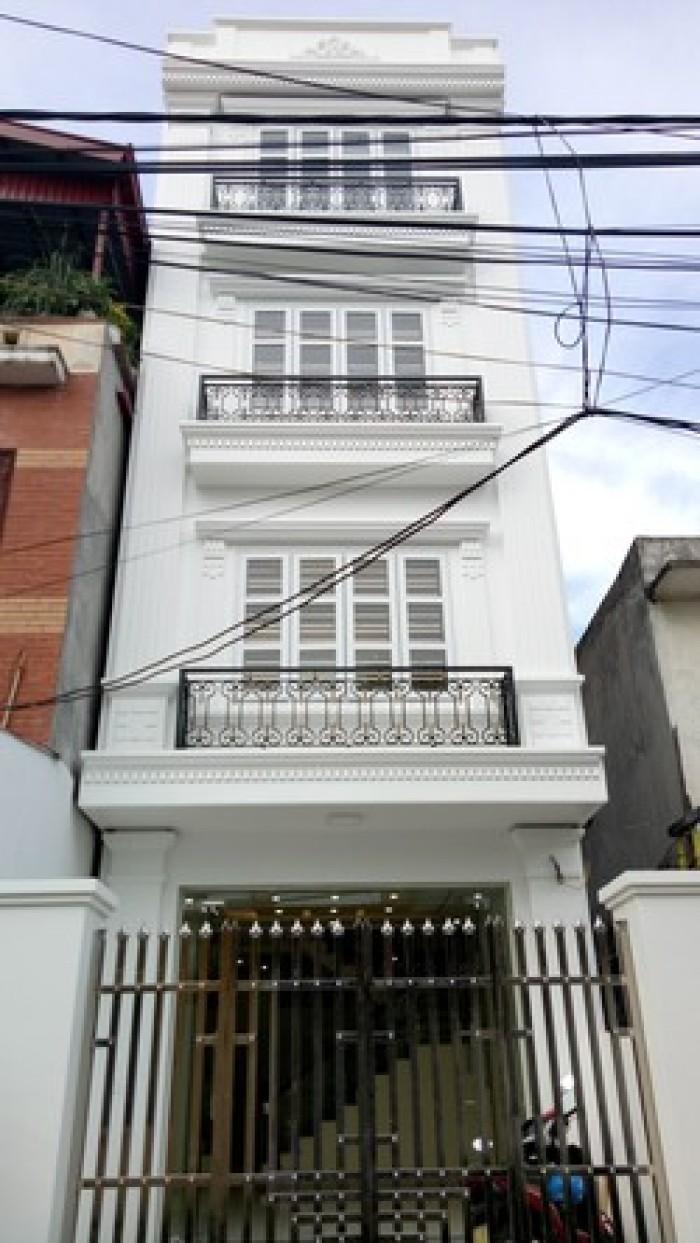 Bán nhà 4 tầng Ngô Xuân Quảng-Trâu Quỳ.DT:107m2,giá cả hấp dẫn.
