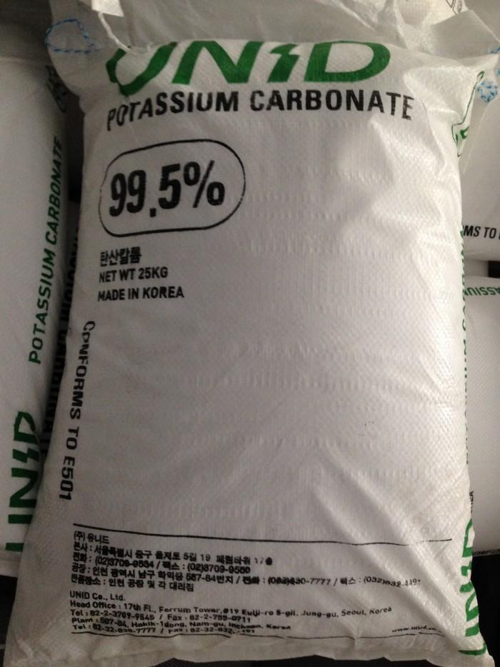 Khoáng K2CO3 99.5%: Bổ sung Kali phòng cong thân trên tôm0