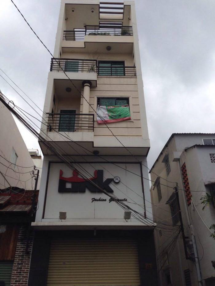 Bán nhà MT Mai Thị Lựu, Q.1. DT: 4.2x21m, 3 lầu