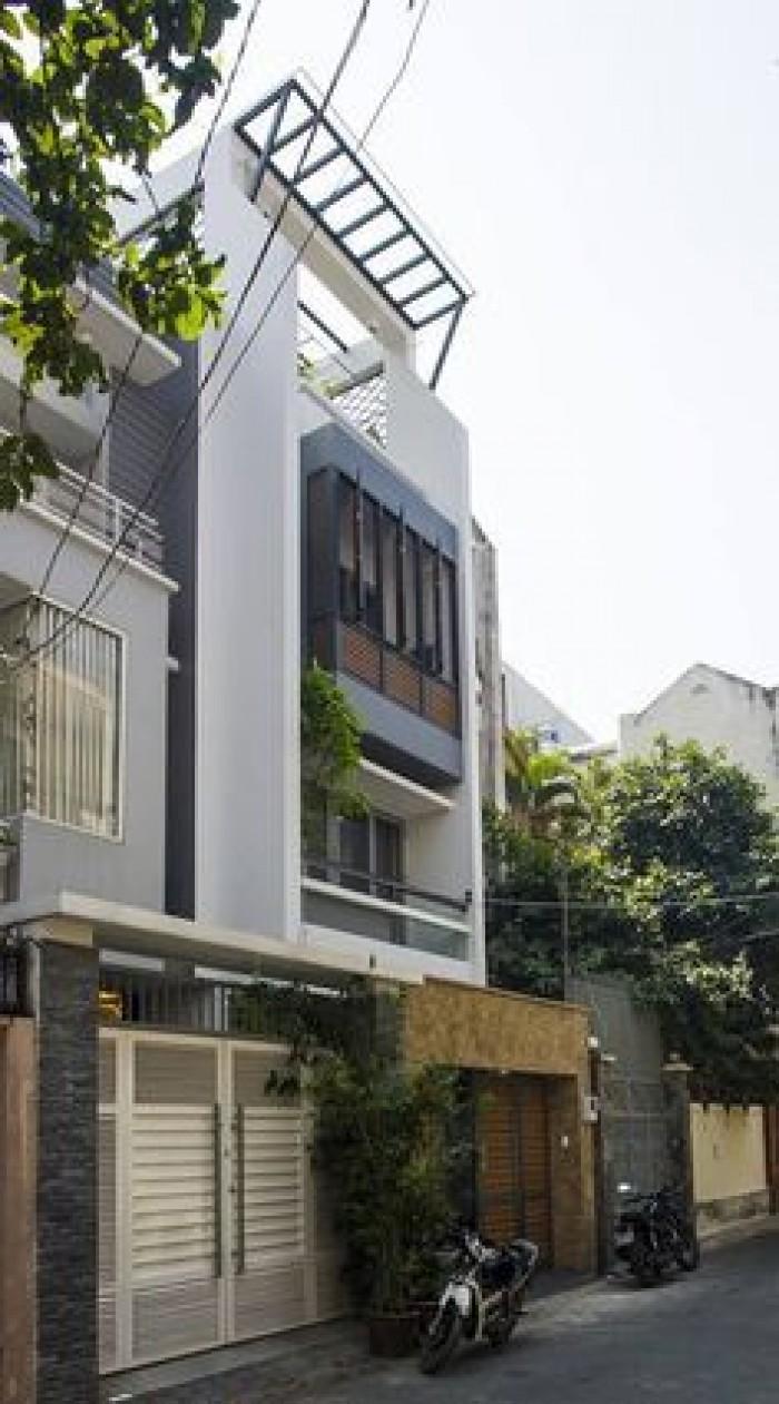 Bán nhà MTNB Lý Thường Kiệt. Q10. 4.2x16m