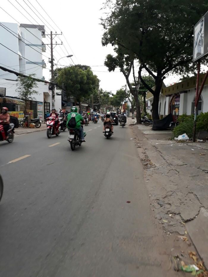 Cho thuê nhà nguyên căn mặt tiền đường Nguyễn Văn Quá,  quận 12