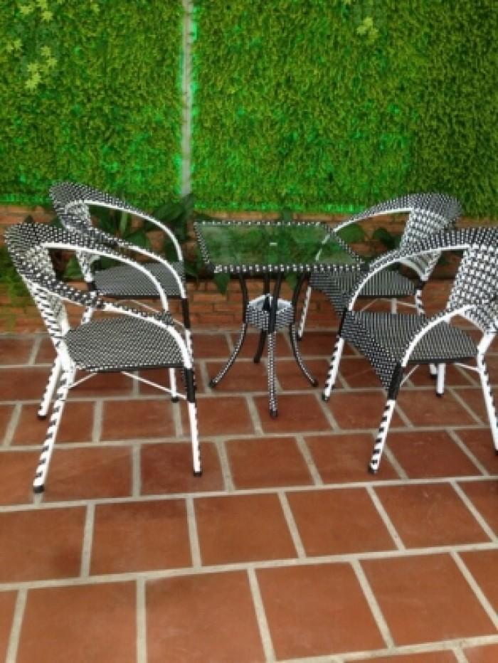 Cần thanh lý gấp bàn ghế cafe giá rẻ tại nơi sản xuất quí khách chứ yên tâm